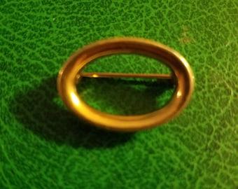 Rare début Napier cercle ovale épingle broche 14k or 14 carats rempli ou plaqué minty signé