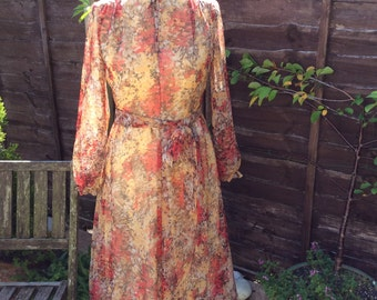 Vintage UK 12 US 8 EU 40 dress, late 60s early 70s, by Geraldine, made in England.