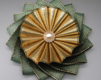 Gold and Green Metallic Wheel Cocarde Applique - Last One!