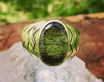 Genuine Moldavite Ring. Silver 950. 7 1/2 US Size (n.8)