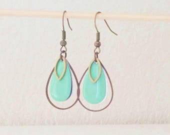 Triple earrings drops pastel green enamel