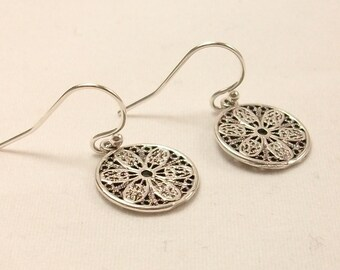 Tiny 925 Sterling Silver earrings - round filigree - lace flower