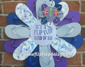 "SALE ** 1/2 Price! Beautiful ""It's a Flip Flop Kind of Day"" Flip Flop Wreath Door Wall Decor Unique Gift So Adorable"