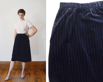 1980s Blue Pinstripe Velveteen Straight Skirt - M