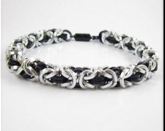 Chainmaille Bracelet Or Anklet, Ankle Bracelet Silver and Black Square Cut Byzantine Chain Mail