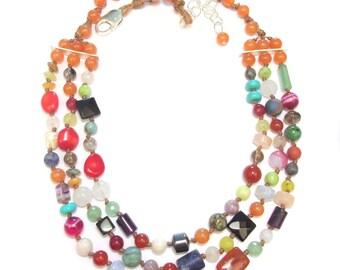 """Bib necklace ethnic stones multicolored """"El Salvador"""""""