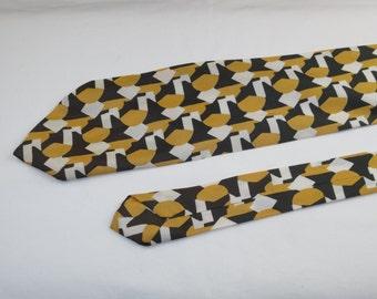 Vintage Men's Tie, Green Yellow and White