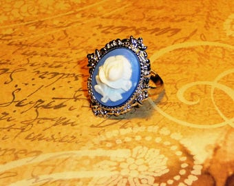 Victorian ring, cameo Tulip, blue flower, adjustable silver plated mount, Gothic ring, romantic ring, blue cameo ring