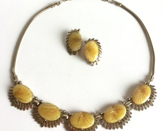 Yellow Art Glass Necklace Earrings Set, Signed Sherman Demi Parure, Vintage 60s Jewelry, Honey Gold Glitter Ovals, Snake Chain, Clip Ons
