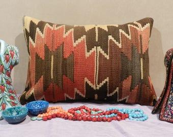 lumbar pillow,pillow,pillow covers,decorative pillows,pillow covers,throw pillows,kilim pillow covers,outdoor pillows,24x16inch,60x40cm