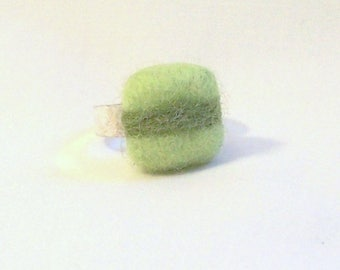 Adjustable Ring with Needle Felted Wool Square in Green Tones - Costume Jewlery - Needlefelt Ring - Geometric Design - Gift for Her
