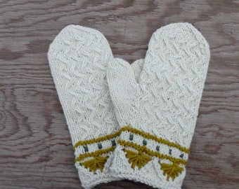 Hand knitted wool mittens, white mitts, knit cabled mittens, hand knit hand warmers, winter gloves, women man mittens, size L mittens