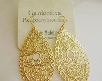 Gold Chandelier Earrings, Oval Filigree Teardrop, Scalloped Edge, Modern, Everyday