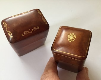 Vintage Italian Leather Jewelry Boxes, Florentine Gold Gilt Fleur de Lis Italian Leather Trinket Gift Boxes, Set of 2