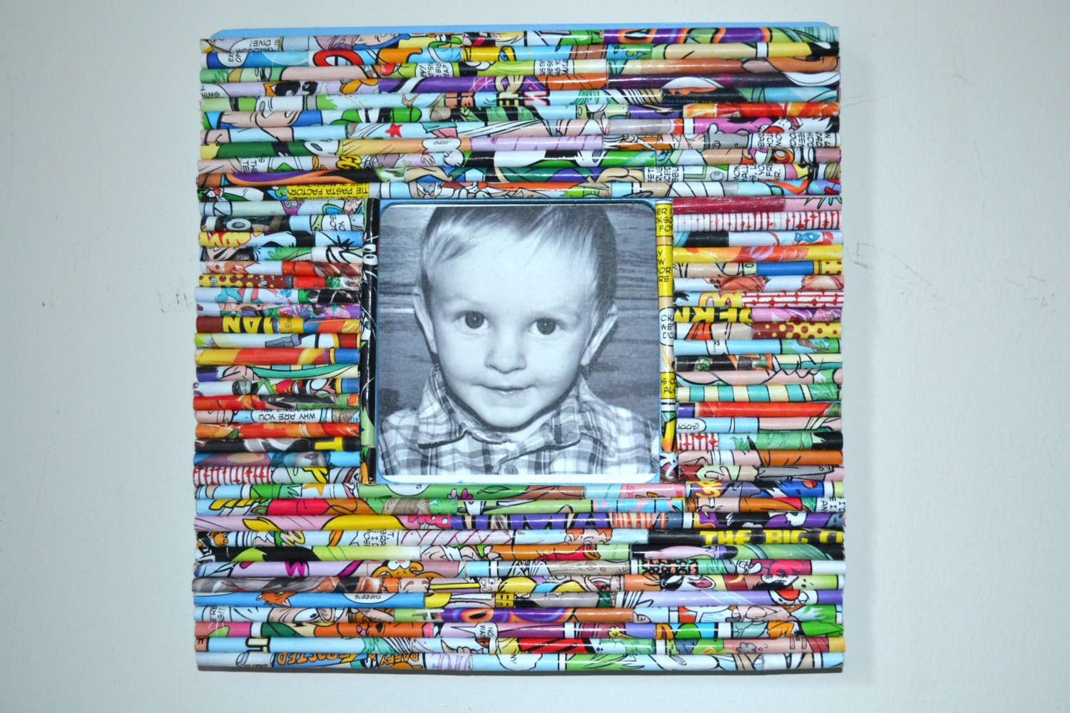 Rolled paper frame comic book multi colored or custom zoom jeuxipadfo Image collections