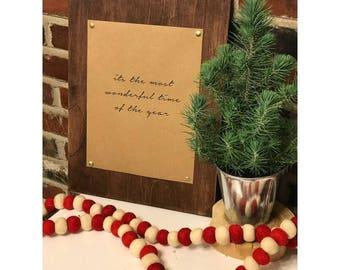 Het is de mooiste tijd van het jaar afdrukken met natuurlijke houten omgeving