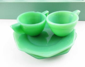 Four Child\u0027s Dinnerware Pieces - Jadeite Green Glass - Small Jadeite Glass Plates Cup and  sc 1 st  Etsy : jadeite dinnerware - pezcame.com