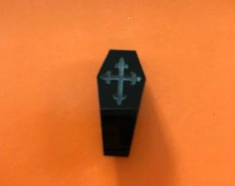 Tiny Coffin Needle Minder