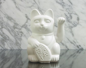 Maneki Neko / Lucky Cat / Waving Cat  – White matt