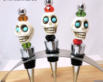 Skull Wine stopper, CUSTOM COLORS, Halloween, Dia De Muertos, Day of the Dead,  Gift HALLOWEEN, Stocking Stuffer