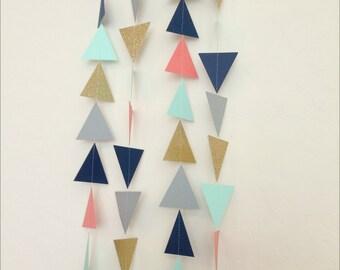 Guirlande de menthe or de Triangle gris corail bleu marine. Guirlande géométrique. Papier toile de fond. Fête tribale. Shower de bébé. Guirlande d'anniversaire. Photo Prop