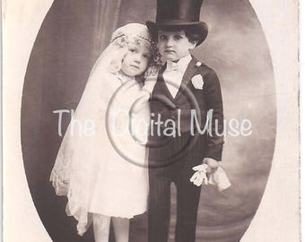 Instant Download Vintage Photograph - Tom Thumb Wedding 2