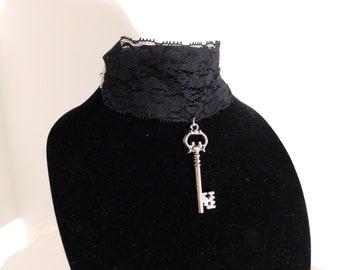 Lace Choker with Key Pendant