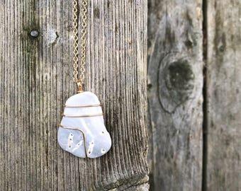 Big White Catch Necklace
