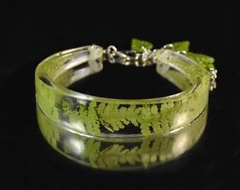Fern Resin Bracelet with real dried plants - Real pressed fern in Epoxy Resin - Great gift - handmade jewelry - green bracelet