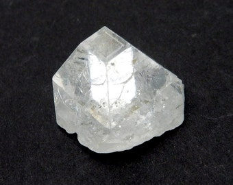 Apophylite Points - Crystal Points - Wire Wrapping - Reiki - Crystal Grids (RK121B3-01)