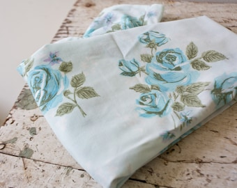 Vintage Blue Floral Flower Pillowcase