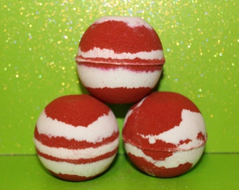 CLEARANCE- Candy Cane Bath Bomb / Christmas / Holidays / Red / Gift / Present / Candy Cane / Peppermint