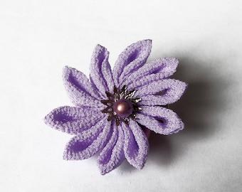 Pince à cheveux Kanzashi / Fleur Tsumami couleur lilas