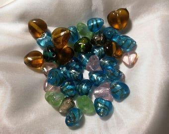 36 glass heart beads