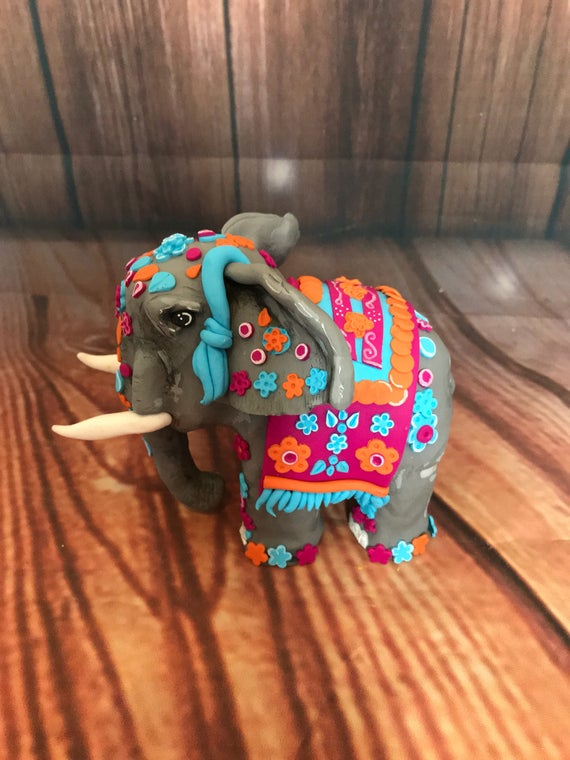 Wedding cake Topper Indian elephant - fully personalised to your colour scheme.