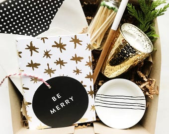 Holiday gift box (black/gold)