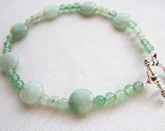 Green Beaded Bracelet, Aventurine Natural Stone Bracelet, Light Green Jewelry, Nature Inspired