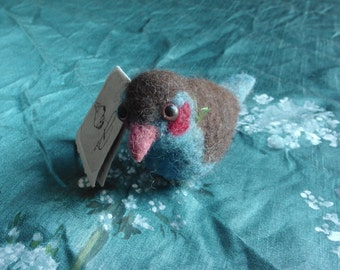 Red-cheeked cordon-bleu finch - Needle felted / bird / animal / sculpture / exotic animal / song bird / blue / mother's day present / gift