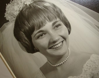 Vintage Wedding Day Photograph, 1950's Bride Photo, Black And White, Picture of Bride  (9249)
