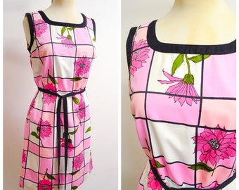 1960s Pink & white check cotton Daisy print shift dress / 60s flower printed checked day dress - S