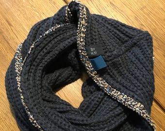 Classic BK scarf