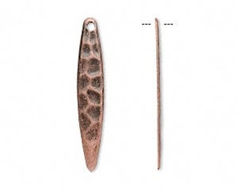 Copper charm, antiqued copper drop, hammered copper spear, 28x5mm, 10 each, D541