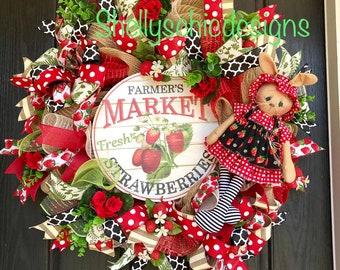 READY To SHIP Strawberry mesh wreath, Summer mesh wreath,Strawberry burlap wreath, Summer deco mesh wreath, Strawberry Deco mesh wreath, fro