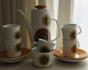 Retro Gift.  Retro Coffee Set. J.G Meakin Studio. Sunflower Coffee Set. Sunflower Tea Set. 1970 Coffee Set.  1970 Meakin Sunflower Tea Set.