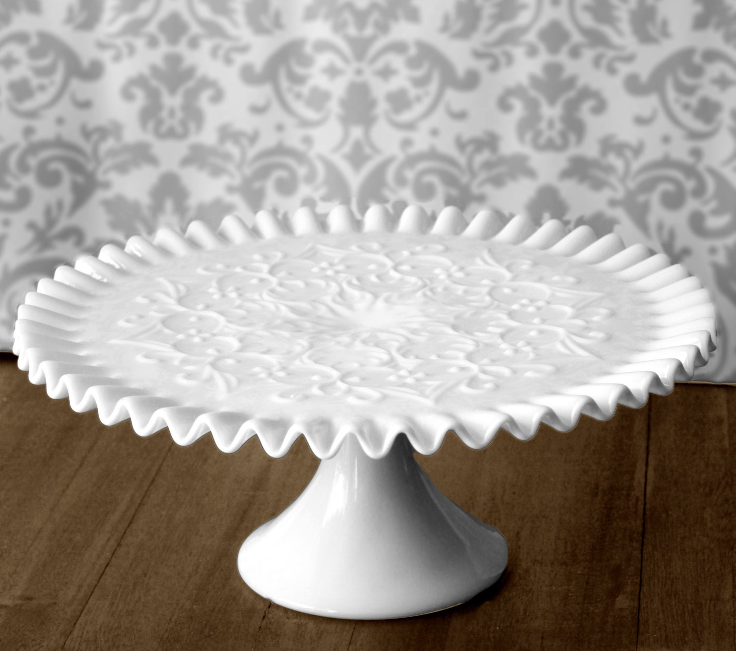 Milk Glass Cake Stand / Vintage Cake Stand Cake Pedestal for