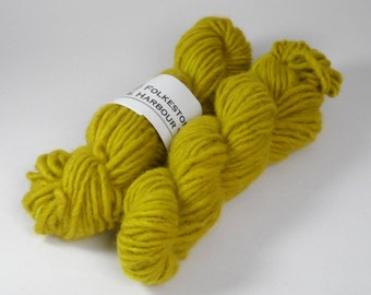 Chartreuse Green Semi Solid Chunky Pure Wool 50g