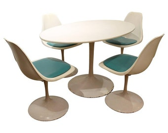 Mid-Century Modern Dining Set Eero Saarinen Style Tulip Dining Chairs & Table-Set of 4