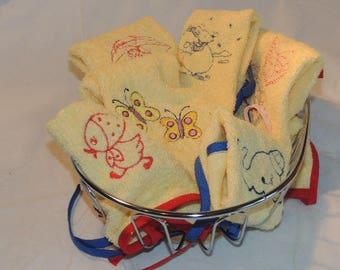 Small yellow embroidery bib girl with umbrella
