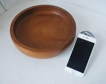 Medium Bowl in Iroko