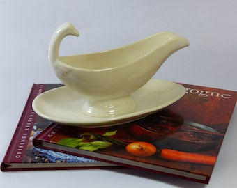 "Vintage Gravy Boat. French Vintage Sauce Boat. Cream Colored Gravy Boat Cream Sauce Boat  Birthday Gift.  ""Sauciere"" FRENCH. VINTAGE."